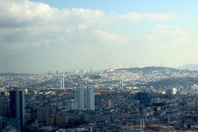 hilton-istanbul-bomonti-manzara-yilbasi-paketi