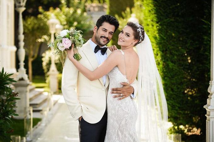 fahriye-evcen-burak-ozcivit-dugun-sait-halim-pasa-evlendi