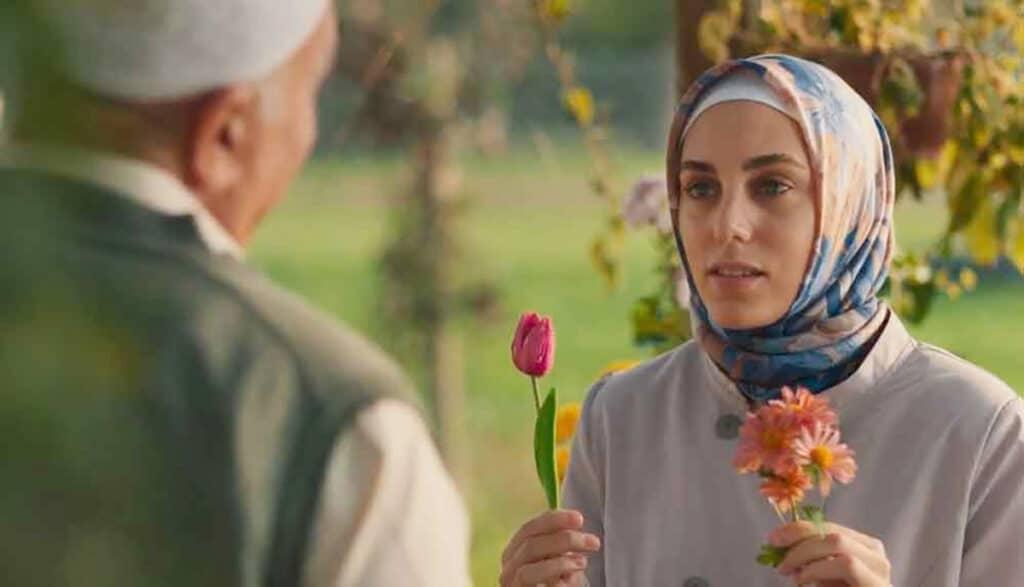 Bir Başkadır Dizisi - Meryem karakterinde Öykü Karayel çok başarılı